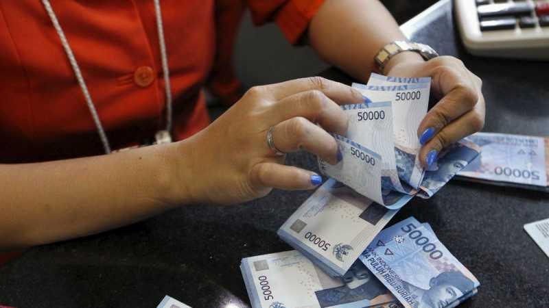 Membandingkan Gaji Pekerja Indonesia dengan Malaysia