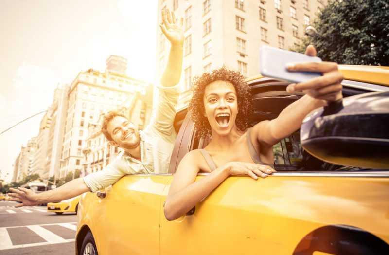 9 Waktu Paling Buruk Untuk Ambil Selfie