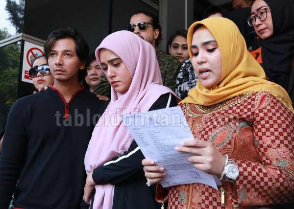 Fairuz A. Rafiq: Tinggal Pukulin Orang, Disorot Media Jadi Terkenal