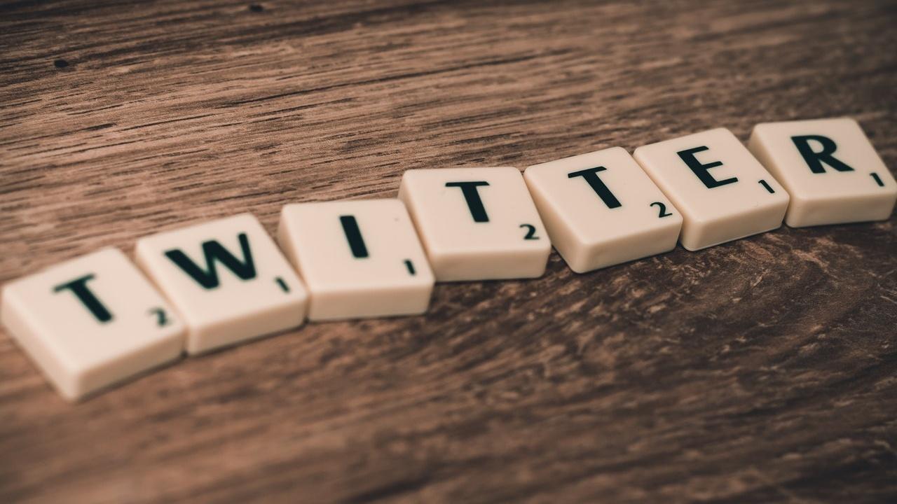 Di Hari Terakhir Kerja, Karyawan Twitter Blokir Akun Donald Trump