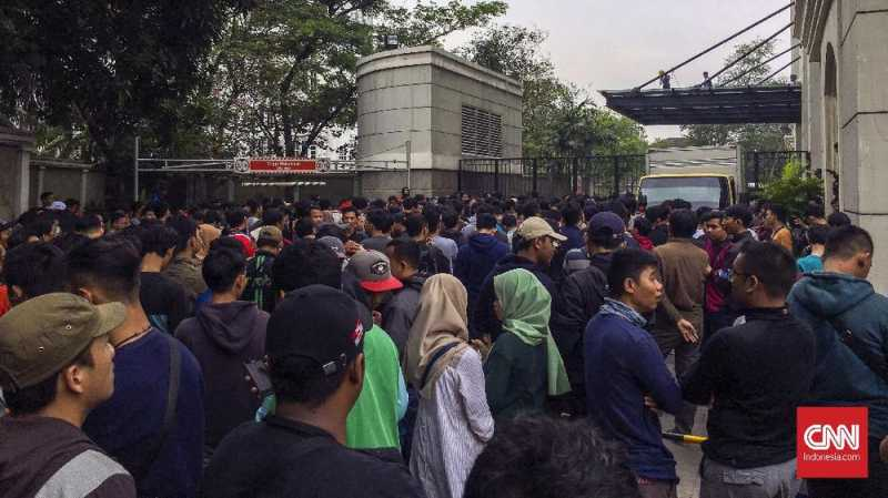 Antrean Tiket Timnas Indonesia U 19 Mengular Dan Kacau Uzone