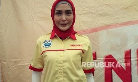 Fenita Arie Lebih Nyaman Berhijab