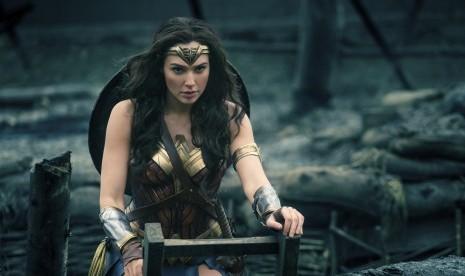Wonder Woman Miliki Saudara Kembar tidak Identik