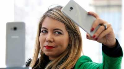 Hindari Akun Dibajak, Facebook Paksa Pengguna Kirim Foto Selfie