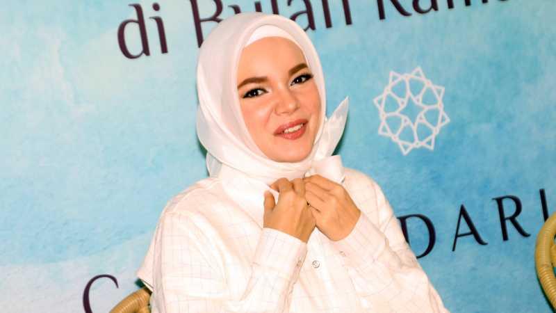 Pernah Jadi Korban Pelecehan, Dewi Sandra Dukung Para Wanita Speak Up