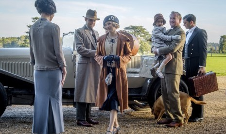 Downton Abbey Pimpin Box Office AS, Salip Ad Astra, Rambo