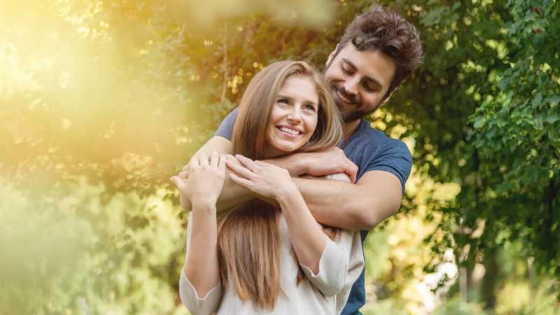 5 Cara Tepat Minta Maaf pada Kekasih