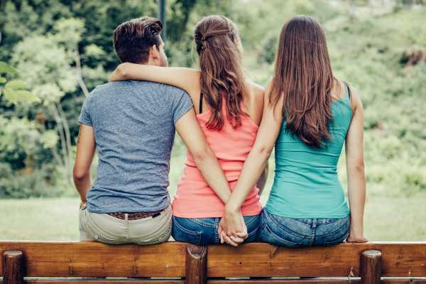 Lagi Ramai, Mencintai Suami Orang Adalah Fitrah, Bukan Pelakor