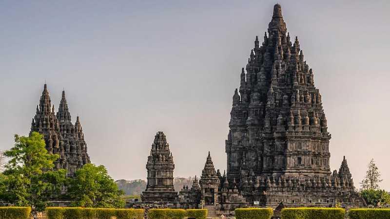 7 Destinasi Wisata di Indonesia Ini Populer karena Legendanya