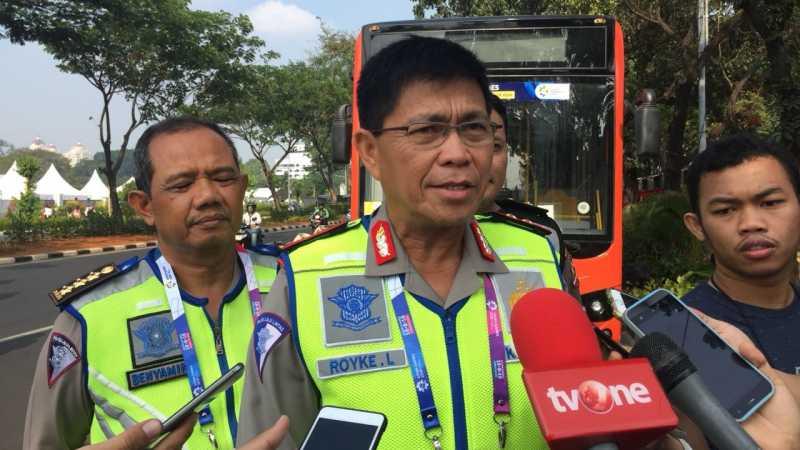 Ruas Jalan Sekitar GBK Mulai Ditutup, Warga Disarankan Naik Bus