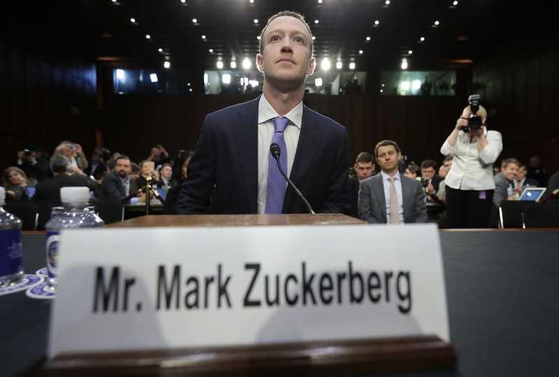 Bos Facebook Punya Utang pada Bill Gates
