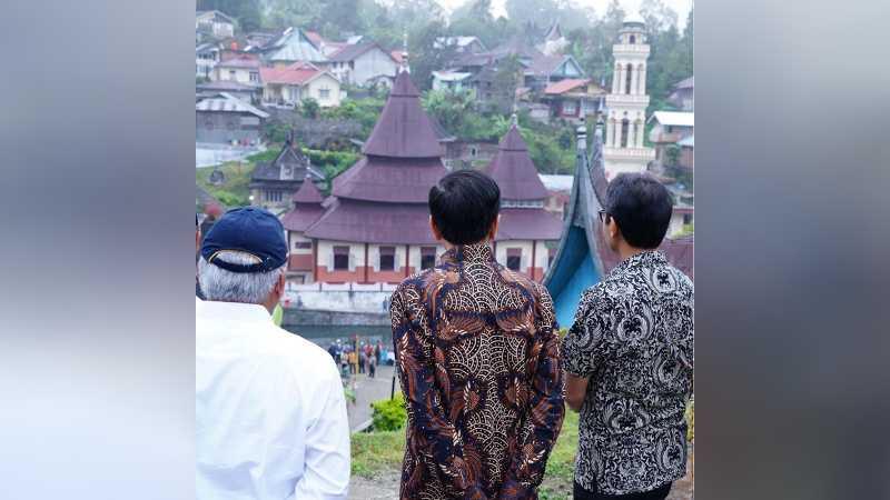 Jokowi Kunjungi Desa Terindah di Sumatera Barat