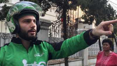 Identitas Driver Go-jek Bule Akhirnya Terungkap