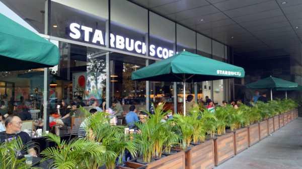 Starbucks Bagi-bagi Kopi Gratis Selama Satu Bulan Penuh