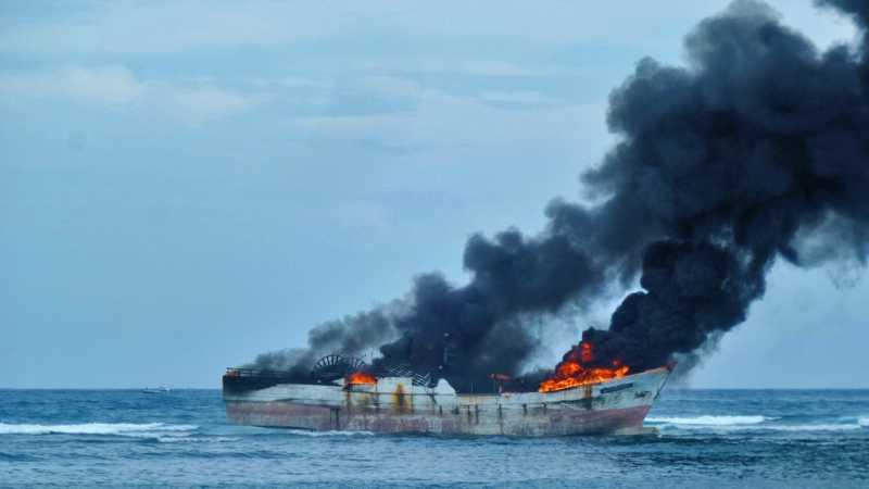 111 Orang Menjadi Korban dalam Kebakaran KM Satya Kencana IX