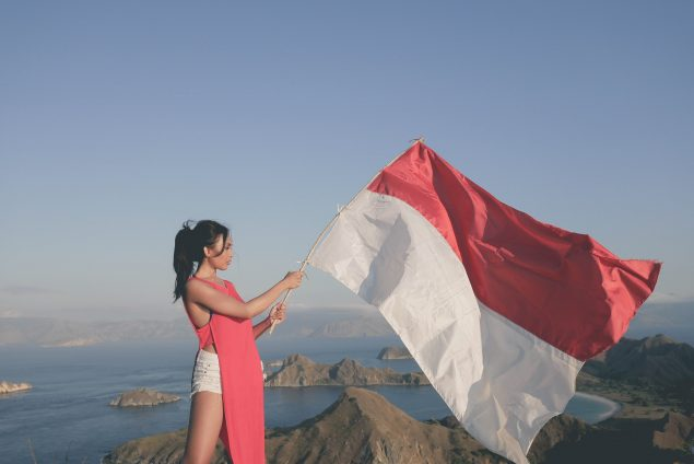 MERDEKA!! Ini 4 Destinasi Favorit Wisatawan Untuk Mengibarkan Bendera Merah Putih