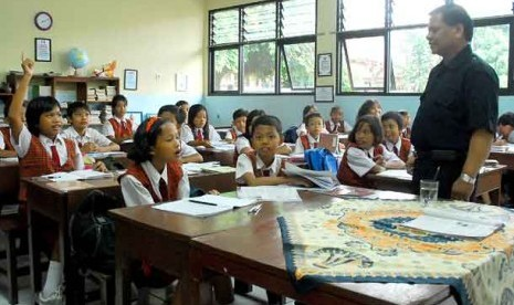 DKI Jakarta Terancam Krisis Guru
