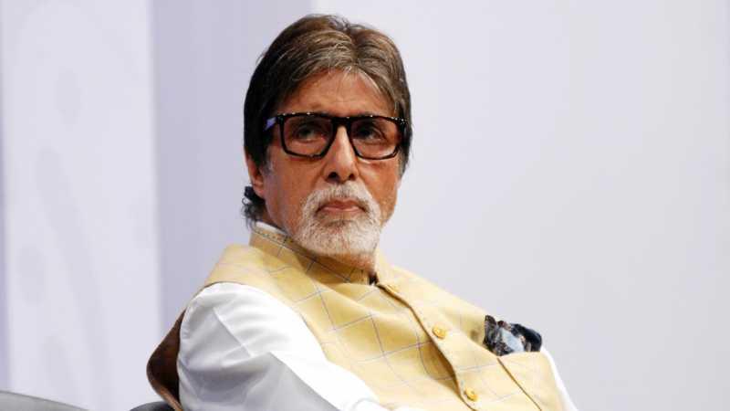 Amitabh Bachchan Keluhkan Samsung Galaxy S9, Ditawari Pakai Xiaomi