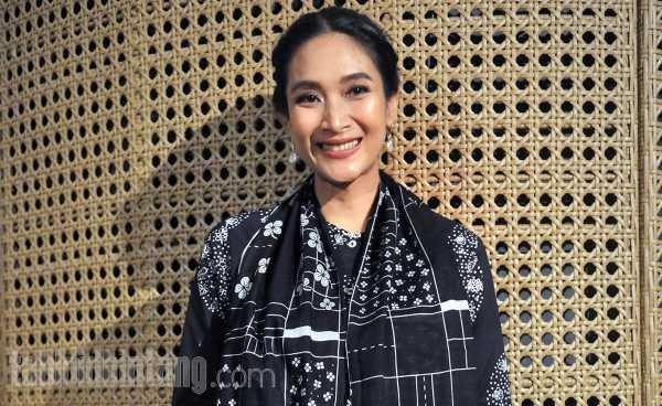 Happy Salma Menganggap Jakarta - Bali Sama Seperti Jakarta - Bogor
