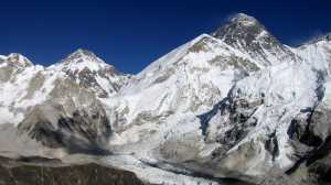 Berikut Fakta Tragis di Balik Megahnya Everest