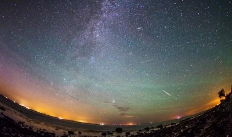 Malam Ini Hujan Meteor Perseid akan Menghiasi Langit
