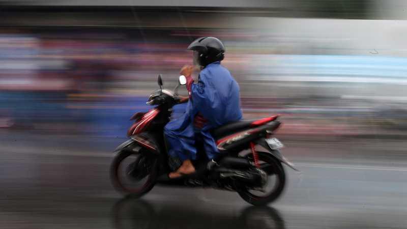 Pemotor, Hindari 5 Hal Ini Saat Musim Hujan