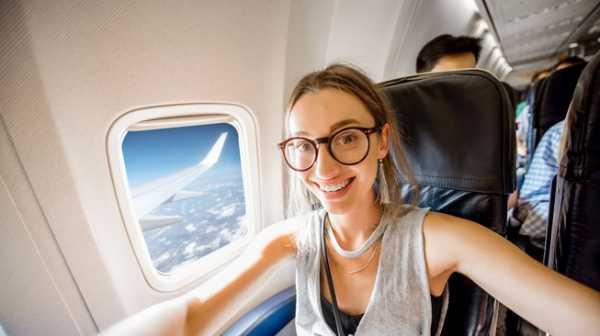 Larangan Memotret di Pesawat Tak Hanya Diberlakukan Garuda