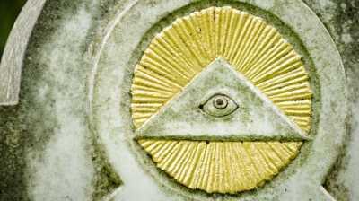 Mengapa Orang Takut pada Simbol Illuminati dan Teori Konspirasi