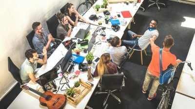 Ketika Bisnis Startup Berlomba-lomba ke Luar Angkasa