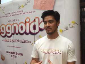 Morgan Oey Bangga Dipercaya Perankan Eggy di Film Eggnoid