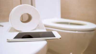 Upss! Ponsel Tiga Kali Lebih Kotor Ketimbang Toilet