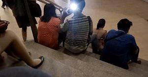 Upps! Lupa Matikan Flash, Pria Mesum Ketahuan Foto Cabul
