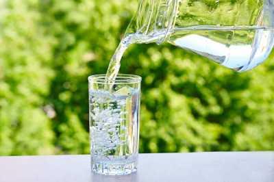 Pentingnya Minum Air Putih Dulu Sebelum Berkendara Jarak Jauh