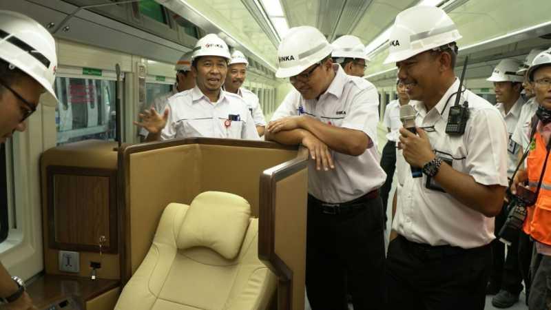 4 Unit Gerbong Kereta Mirip Pesawat First Class Siap saat Lebaran
