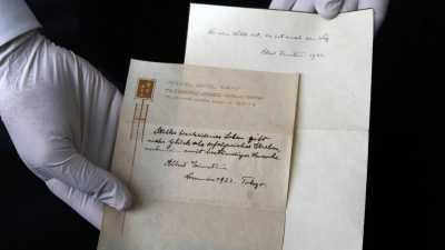 Catatan Teori Kebahagiaan Einstein Dilelang di Yerusalem