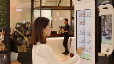 KFC di China Terima Pembayaran dengan Senyuman