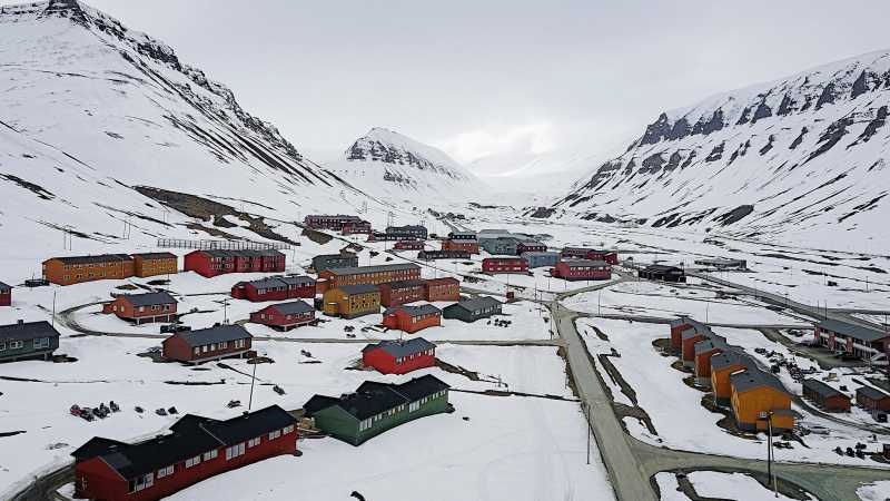 Image result for longyearbyen norwegia