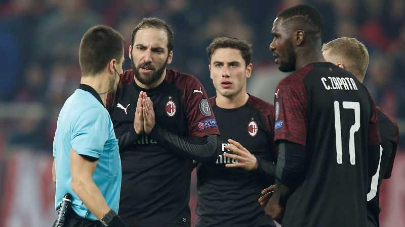 Kekalahan di Kandang Olympiacos Gagalkan AC Milan ke Babak 32 Besar