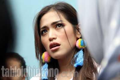 Jennifer Bachdim Kecopetan, Jessica Iskandar: Enggak Cerita Sih