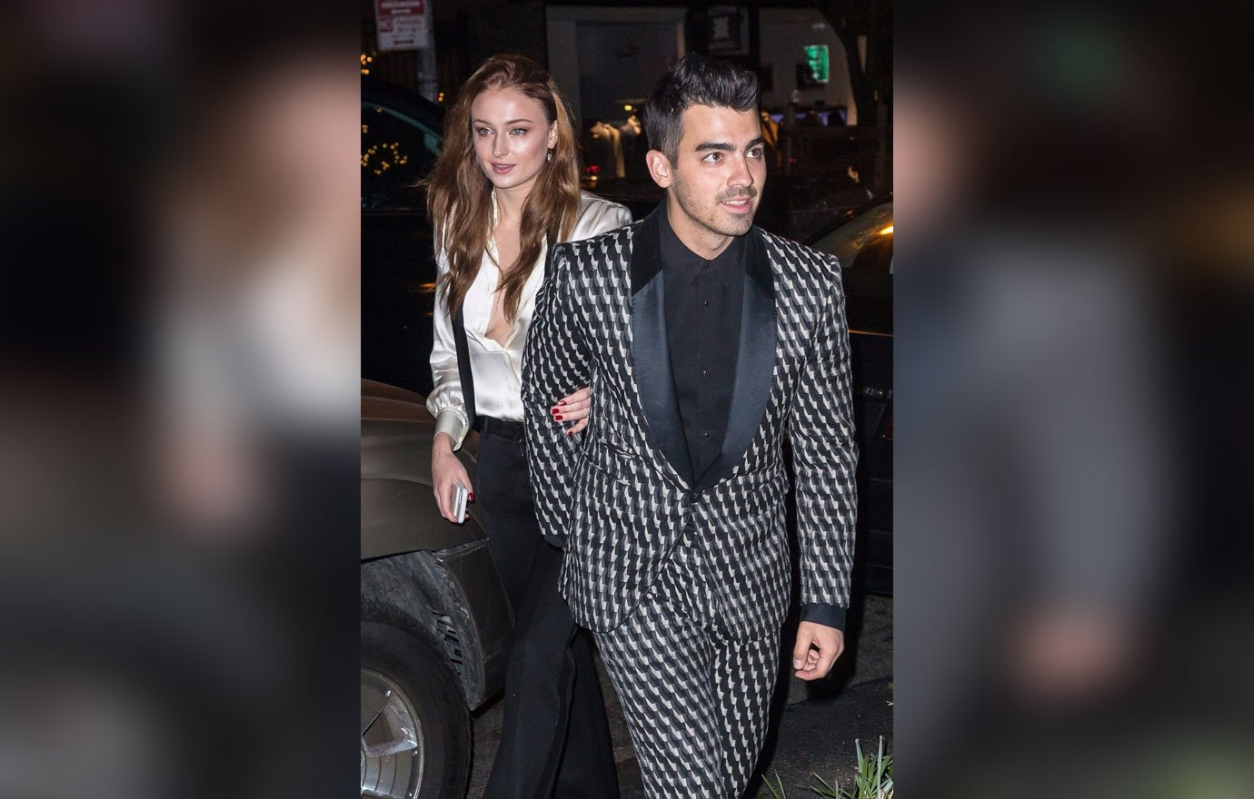 Sophie Turner dan Joe Jonas Gelar Pesta Pertunangan