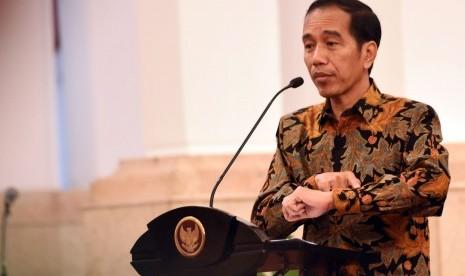 Jokowi Instruksikan Pembenahan Sistem dan Tata Kelola Sepak Bola