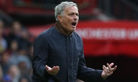 Manchester United Pincang Jalani Awal Musim