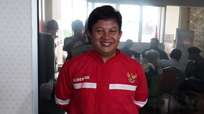 Ini Aris Wahyudi, Pendiri NikahSirri.com, Partai Ponsel, dan UberJek