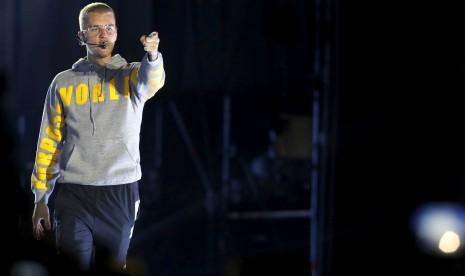 Cina Larang Justin Bieber Tampil