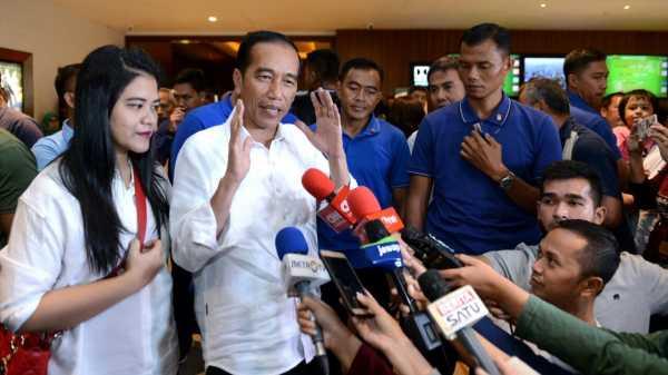 Jokowi Usai Nonton Film Dilan 1990: Saya Rindu Berat dengan Bu Iriana