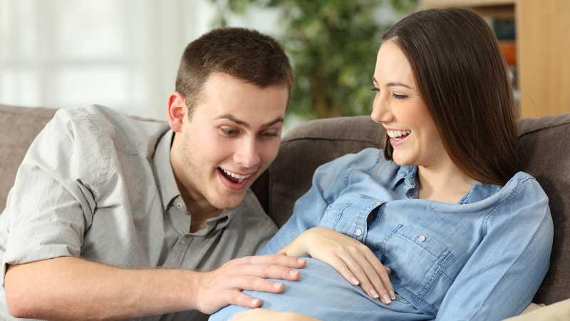 Bayi yang Menendang Dalam Perut Tanda Sehat