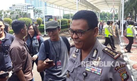 Pertengkaran Depe dan Petugas TJ, Polisi akan Periksa CCTV