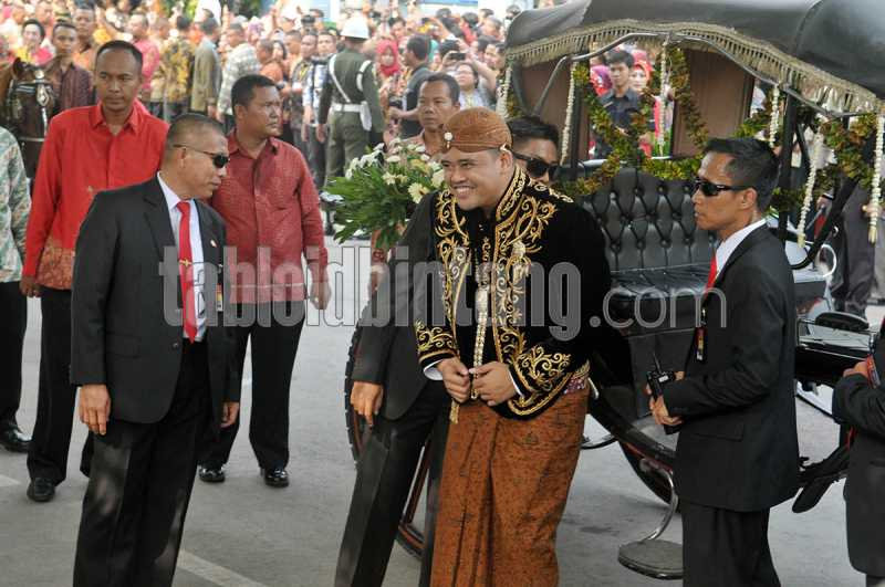Pernikahan Kahiyang-Bobby, Untaian Doa dalam Tuwuhan di Kediaman Jokowi