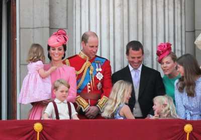 4 Perbedaan Gaya Parenting Kate Middleton dan Meghan Markle