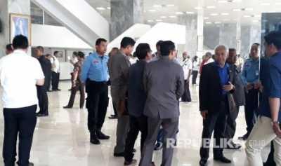Kebakaran di Gedung DPR, Pimpinan DPR dan MPR Dievakuasi